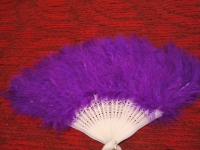 Веер из перьев страуса фиолетовый